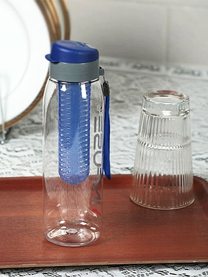 Cello Infuse 800ml Blue Plastic Water Bottle